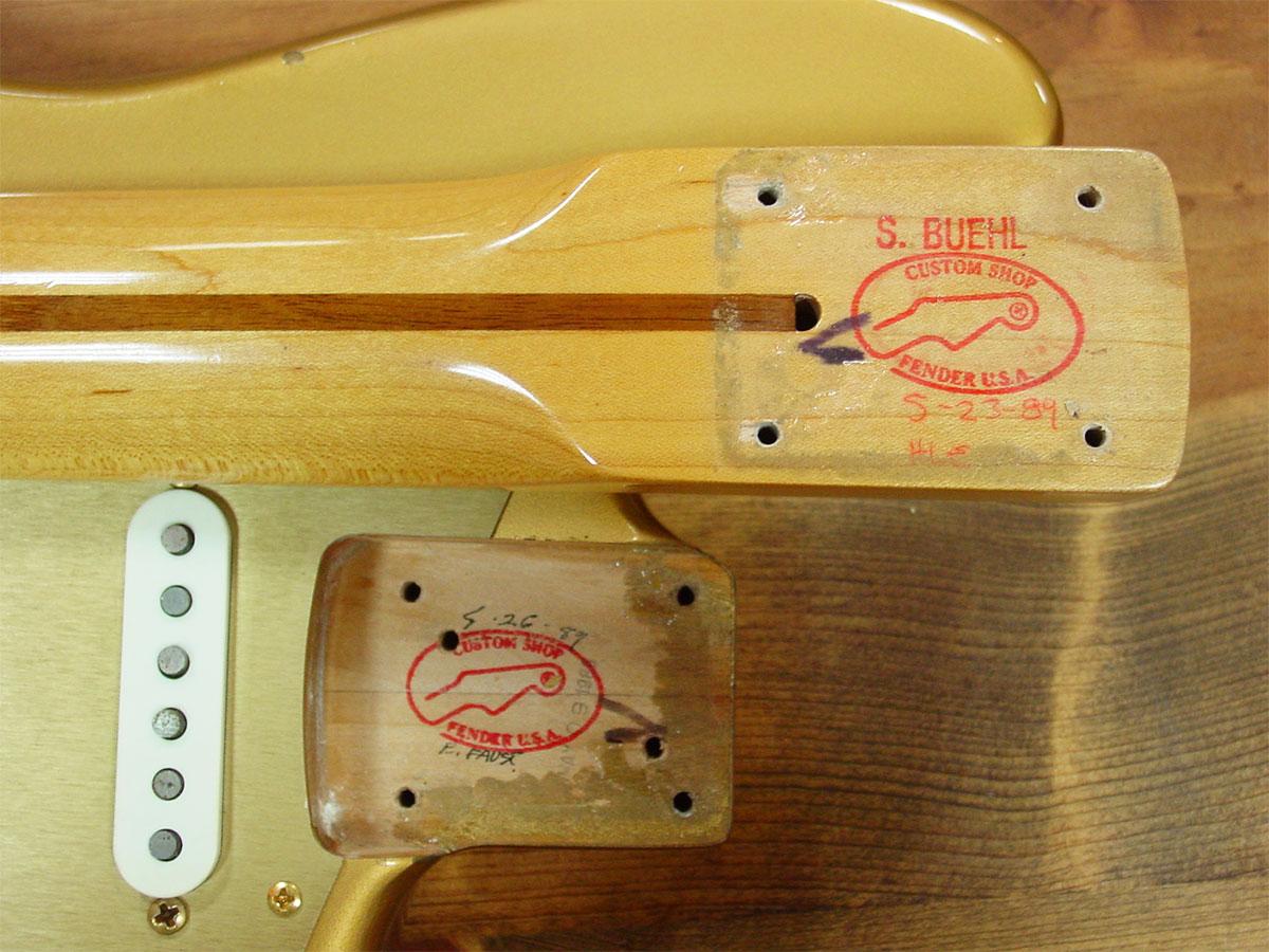 Fender_1989_HLE_Strato_10.jpg