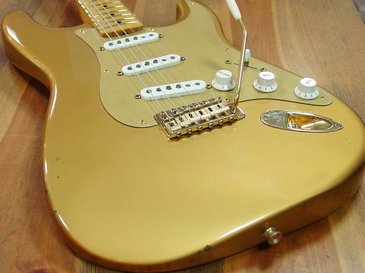 Fender_1989_HLE_Strato_4.jpg